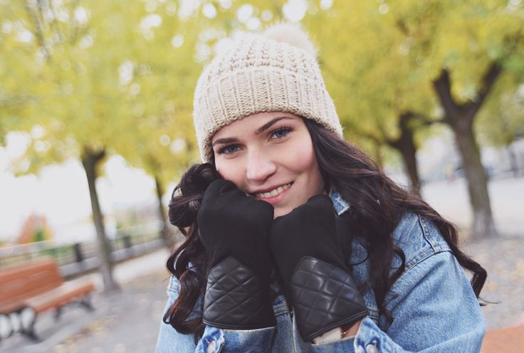 Super Comfy Sheepskin Gloves With Quilted Pattern Is Ideal For Fall/Winter