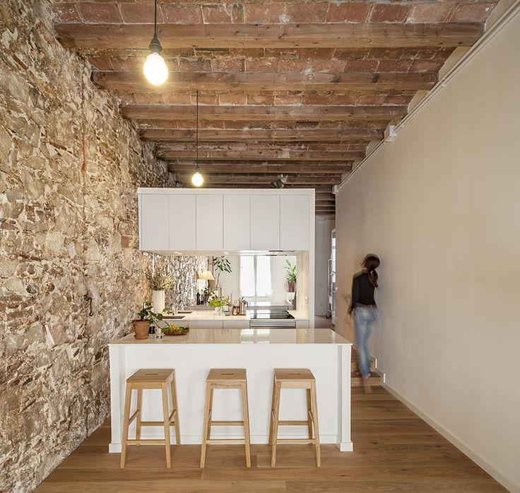 Remodelación para Yuna por Sergi Pons arquitectes - catalogodiseno.com