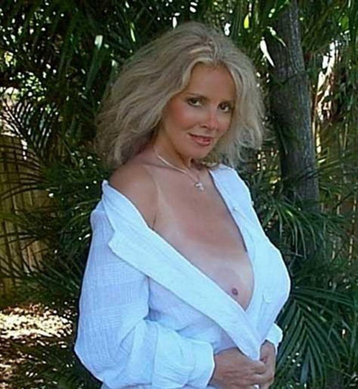 Janet Lupo Naked 57