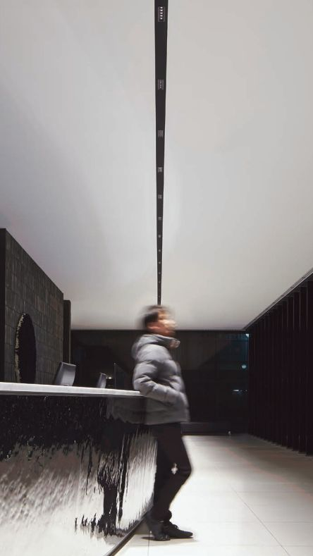 17 Best images about iGuzzini Laser Blade - Light and Design Group on Pinterest  Lighting ...