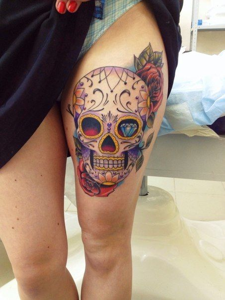 idee tatouage mexican skull new school femme cuisse. Black Bedroom Furniture Sets. Home Design Ideas