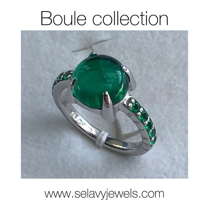 """SELAVY' JEWELS L'atmosfera della collezione """"Boule"""" è romantica, un viaggio nel tempo, a ritroso verso la fanciullezza, con grande libertà di gioco e armonia, fra bolle di sapone colorate e il verde della natura. www.selavyjewels.com"""