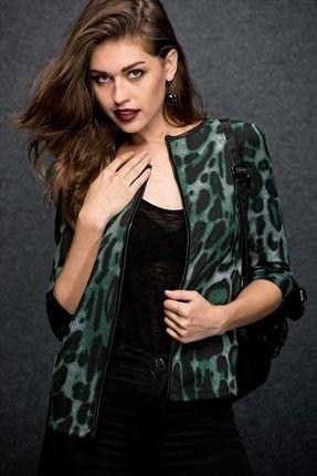 Grinin Elli Tonu ∙ Kadın Tekstil - Yeşil Ceket FM015301 sadece 39,99TL ile Trendyol da