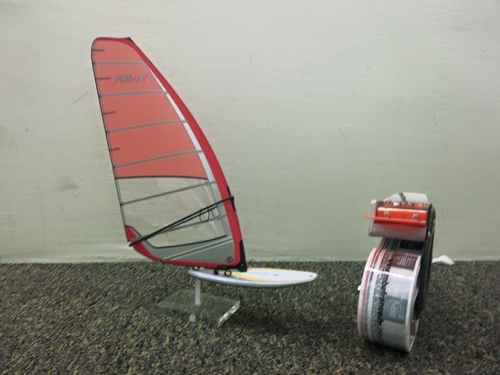 Après des colis de près de 4m la semaine dernière on passe au modèle réduit plus facile à emballer...  - http://ift.tt/1HQJd81