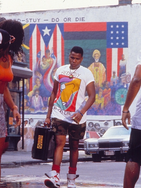 DO THE RIGHT THING / dir. by Spike Lee, 1989. DoP: Ernest R. Dickerson.