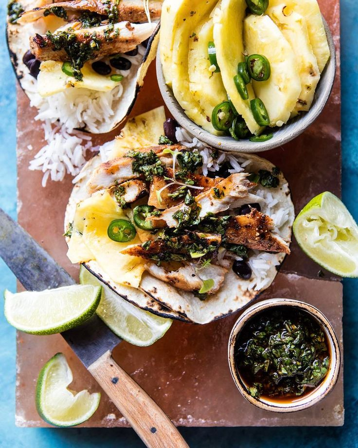 Spicy Fish Tacos with Tequila Lime Pineapple. 🍍🌴🍍Yes, yes, Taco Thursday! Because, I mean, why the heck not? I'm kind of excited about these tacos. For one, they are so very fun…hello tequila lime pineapple?!? <–totally love this. Two, they are so easy to prepare and pretty dang healthy. <–hello to grilled fish, protein filled black beans, and fresh pineapple. Full recipe is on the site today (link in profile). PS. Margs are highly recommend with these tacos. 😎