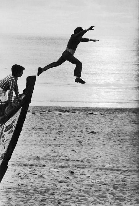 Sabine Weiss, l'envol ,Portugal, 1981