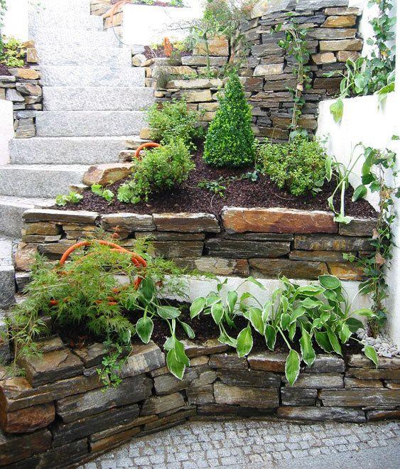 Die besten 25+ Abböschung Ideen auf Pinterest Gartenmauer - garten sichtschutz mauer