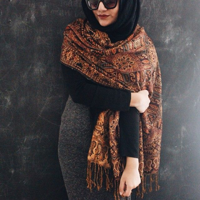 Pinned via Nuriyah O. Martinez | Use a second scarf as wrap or cape is an exceptional way to add some class to your outfit plus some extra coverage!