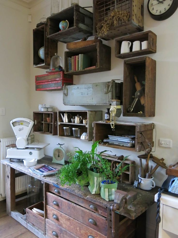 House Tour, Gina's Vintage Home Full of Love https://recycledinteriors.org/inspiration-2/house-tour-ginas-second-hand-heaven/