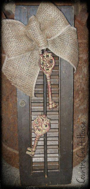 Primitive Antique Vintage Wooden Shutter Door With Iron Keys Shabby Burlap  Bow