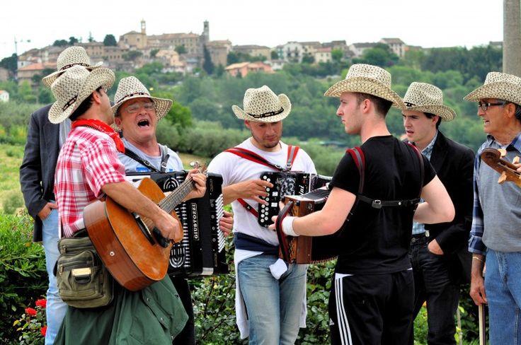 Cod. A07 Strumenti Popolari | Cantamaggio 2011