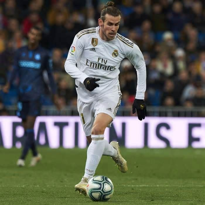 Zinedine Zidane Says He Hopes Gareth Bale Boos Do Not Continue At Real Madrid Get The Latest News For Realmadrid In Gareth Bale Real Madrid Goal Real Madrid