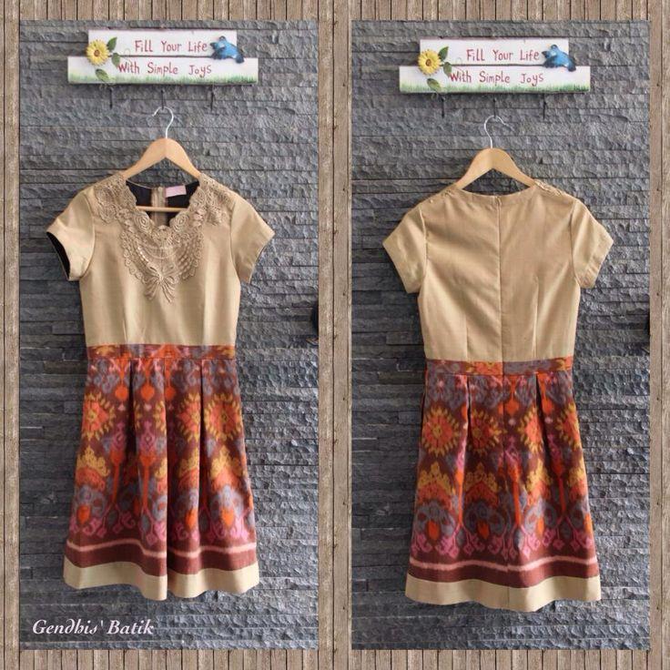 Batik Dress. Tenun Endek Bali + Tenun Jepara polos + Lining Tricot halus (675K) by Gendhi's Batik.