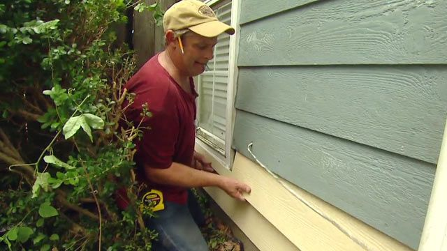 web-0031-how-replace-damaged-hardboard-siding-fiber-cement