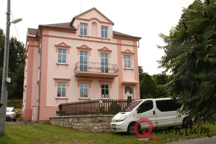 Prodej rodinného domu, 300m², Krásno