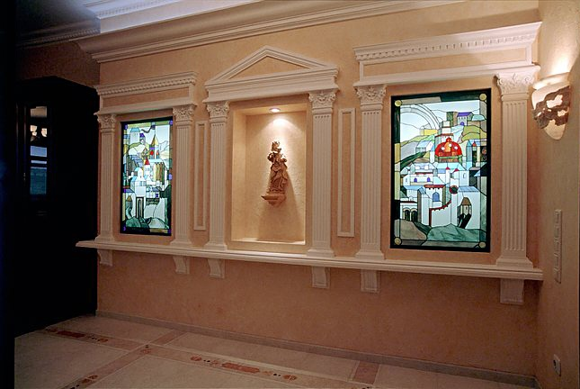 Yuri Yudaev. «City - Horus» / Stained glass project realized in the apartment in Sokol District (Moscow, Russia). 2003