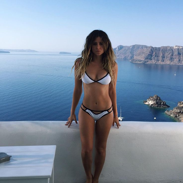 What a view! Anastasia Asley takes gold!