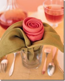 Rose Napkin Fold :: Learn how to