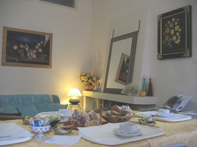 breakfastroom4_CadelSol by Cadelsol, via Flickr