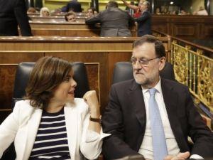 El presidente y la vicepresidenta del Gobierno en funciones, Mariano Rajoy y Soraya Sáenz de Santamaría