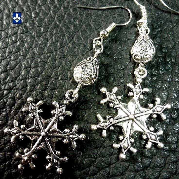 ❤FREE SHIPPING IN CANADA❤  Adorable Plated Silver Christmas Winter Earrings | eBay