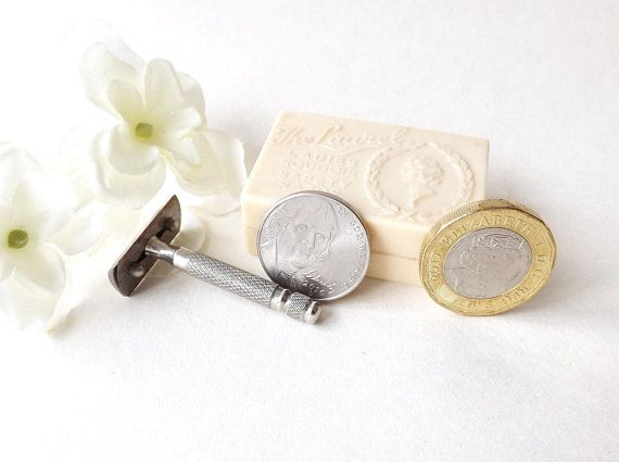 Miniature #SafetyRazor in Original Box #Laurel Ladies #Boudoir Vintage Vanity Gift, Vintage #BeautySalon Grooming, Razor Collectors Gift