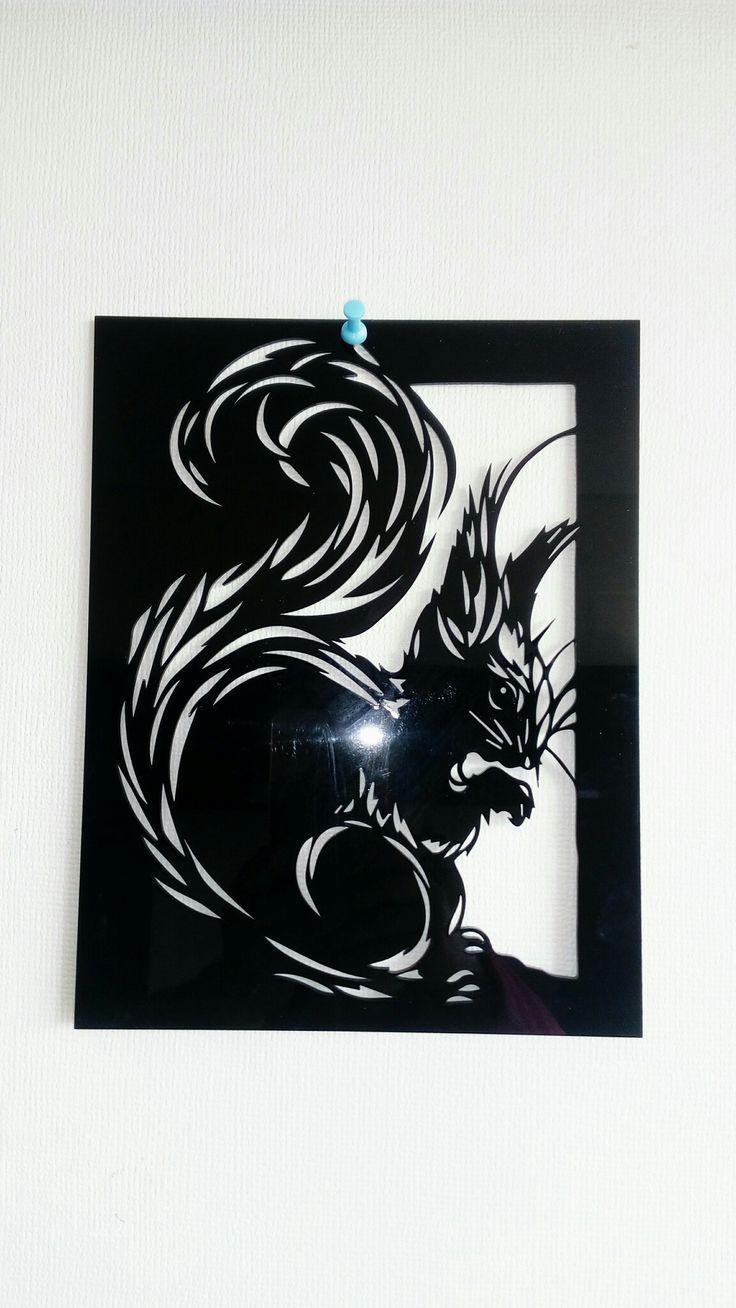 cuadro de ardilla en acrilico negro corte láser