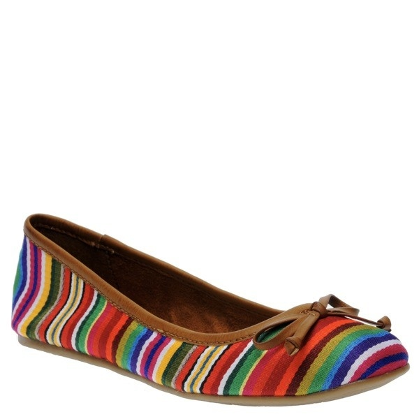 Best Ladies Shoes For Walking Dogs