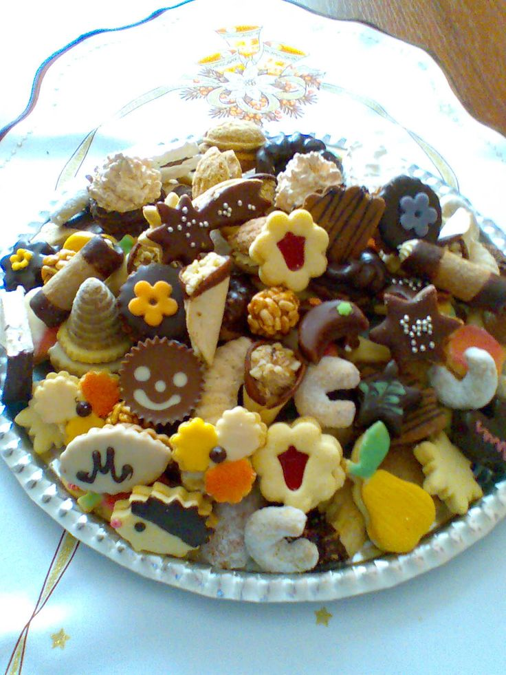 Moje vánoční cukroví * inspirace - fotka s 20 druhy.