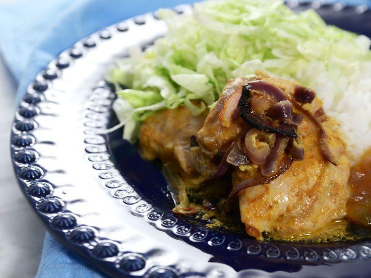Indisk yoghurtkyckling med curry och mango chutney | Recept från Köket.se
