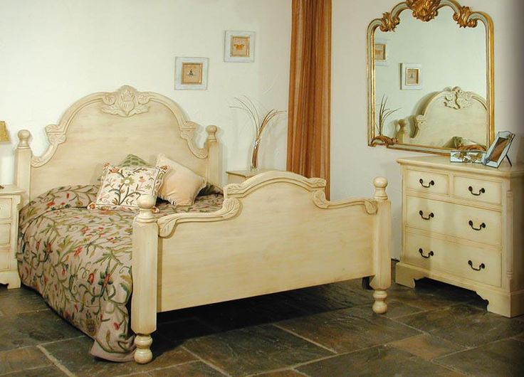 Hand Carved Bed: HAND CARVED PINE BED , SHABBY CHIC FINISH PAINTED CREAM