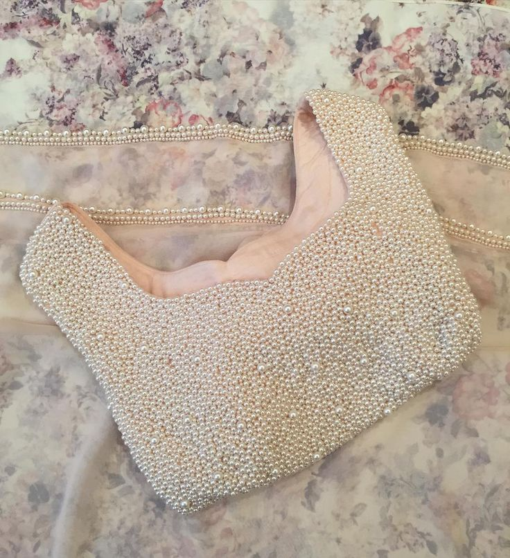 Ivory nude saree #summer #2016 #FFashionaire #pearls #sunshine #elegance #subtle #Paris #France #florals #london