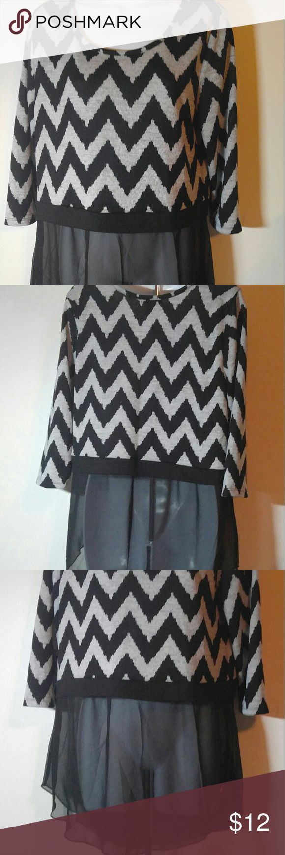 Mix&Co. Black Chevron Top with Sheer Bottom Sz L Black Chevron Top with Sheer Bottom Sz Large- Like New Mix&Co. Tops Tunics