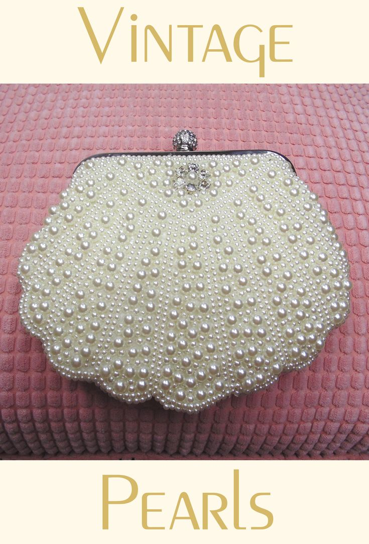 Romantic Cluster Pearl Vintage-Inspired Gatsby Wedding Purse