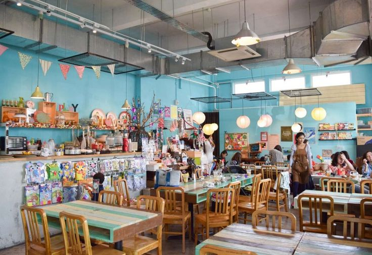 17 Cafes that Made Haji Lane Cool Again | Cafehopping Singapore