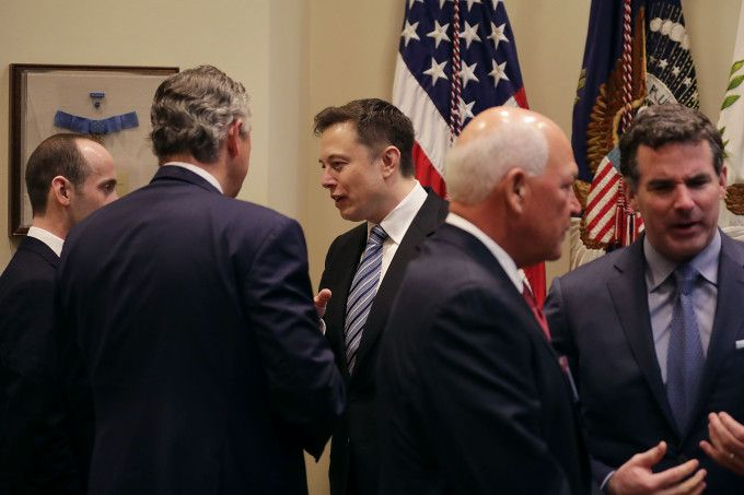 Elon Musk says hell present objections to Trumps immigration order at Friday advisory council meeting