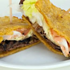 J 237 Baro Plantain And Steak Sandwich Recipe Caliricans Com Puerto Rican Recipes Pinterest
