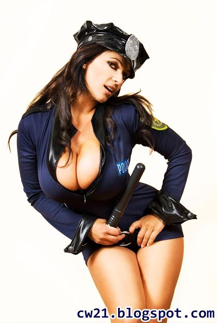 Share: Denise Milani Busty Cop 6