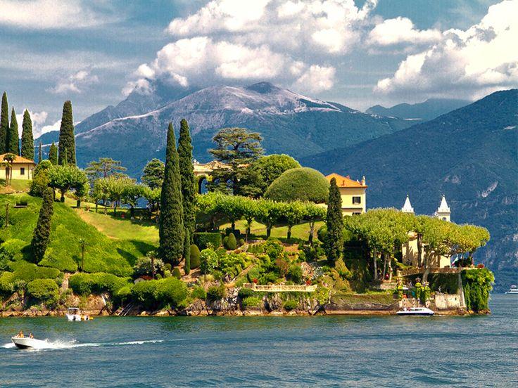 Alp Dağları'nın muhteşem manzarası, lavanta tarlalarının ışıltısı, Como Gölü'nün göz alıcı güzelliğini bir seferde görme fırsatı sunan İsviçre-Fransa-İtalya Turu MNG Turizm'de.