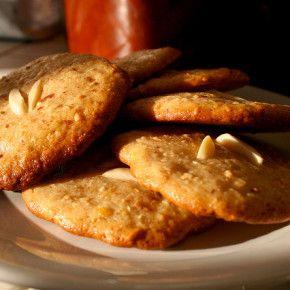 Prăjiturele cu migdale și mere (de la 1 an)