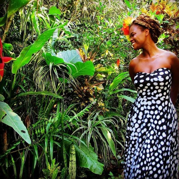 when #wcw stands for #whitneycrushwednesday. whitney mero designer of @ovonion and professional muse to herowndangself.  #blackgirlmagic #nature #forest #fashion #naturalhair #bighairdontcare