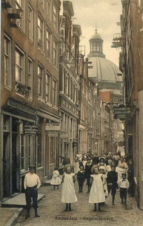 Engelschesteeg (English Alley) with a view on the Dome Church of Amsterdam by Jacob Olie