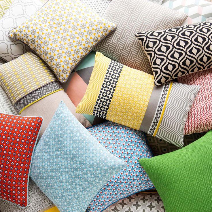 Decorative Bed Pillows Pinterest : 44 best Decorative Pillows images on Pinterest Decorative bed pillows, Decorative pillows and ...