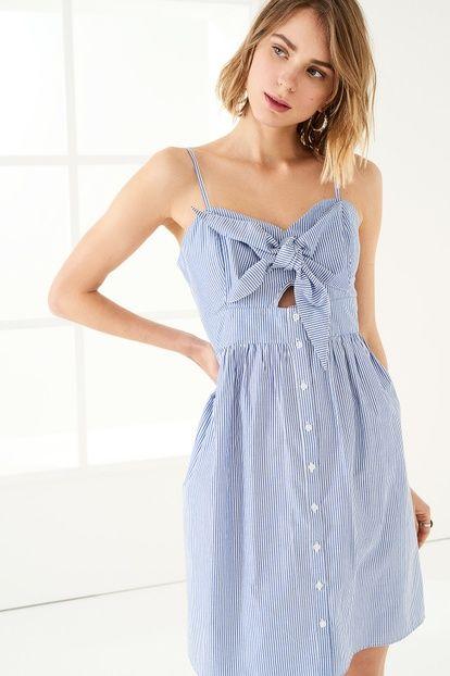 Mavi Fiyonk Detaylı Poplin Elbise