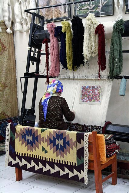 Carpet Making - Selcuk, Turkey. Check out our post about Turkey: http://openupnow.net/2014/05/25/southwest-turkey/