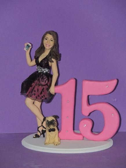 topo de bolo 15 anos , debutante e seu cachorrinho pug .  boneca personalizada com caracteristicas da aniversariante .