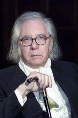 Francisco Umbral (1932-2007), poeta, periodista, novelista, biógrafo y ensayista español. Premio Príncipe de Asturias de las Letras, 1996.