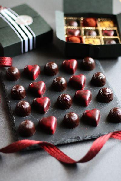 初めて本気のボンボンショコラを作った!  基本的にチョコレートそのものがあまり得意...