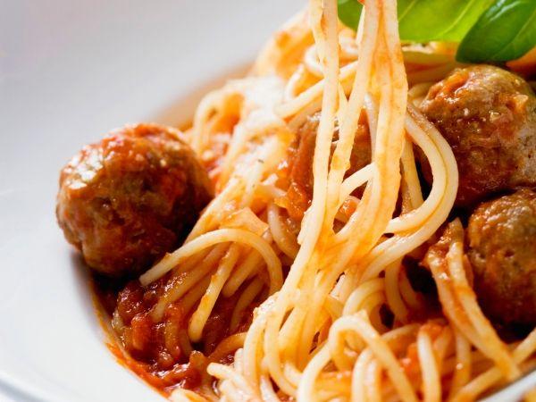 Spaghetti met gehaktballetjes - Libelle Lekker!